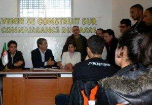 Said SADI rencontre les étudiants RCD à Tizi-Ouzou dans formation et jeunesse 404365_316412498398356_100000888251973_930919_1309714023_n-300x208